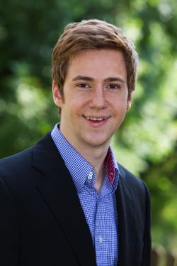 Mauricio Schaul - running Hetras Cloud Based Hotel Management Software