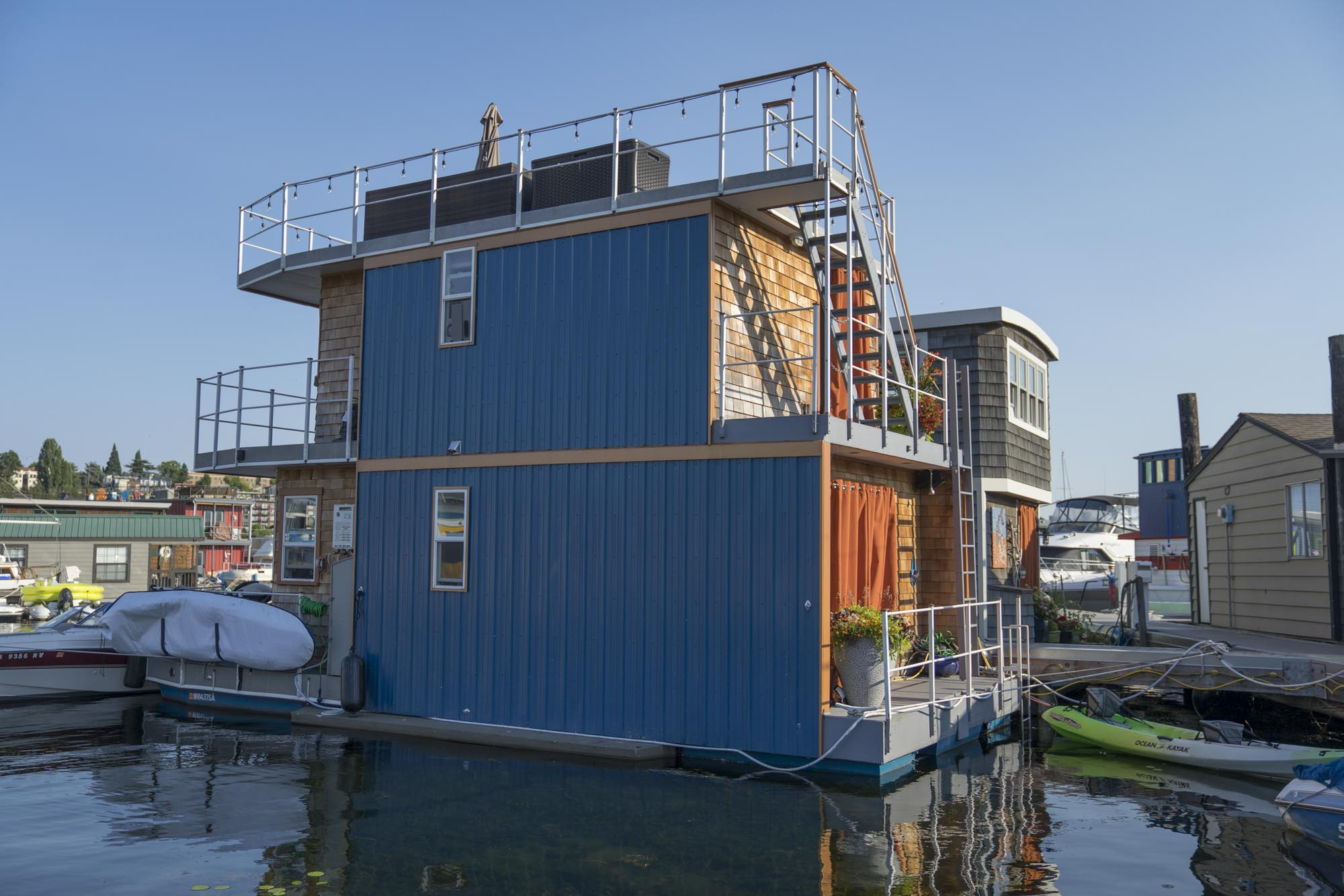 Another houseboat in Seattle.