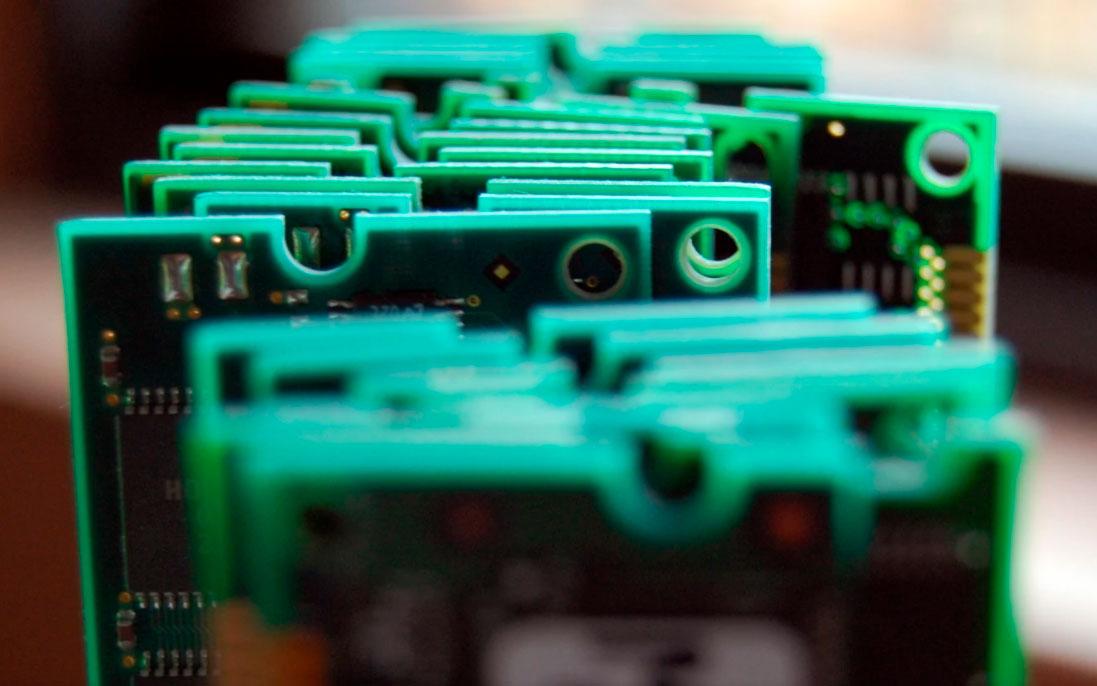 Cards de memória RAM alinhados