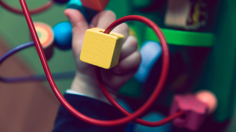 Brinquedo com cubos