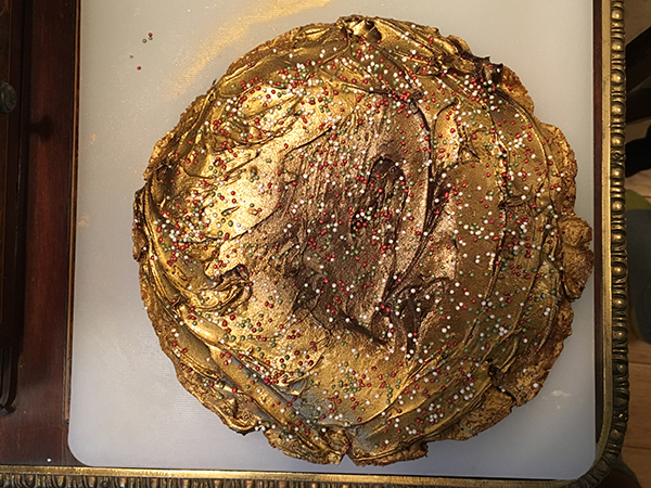 gold cookie cake