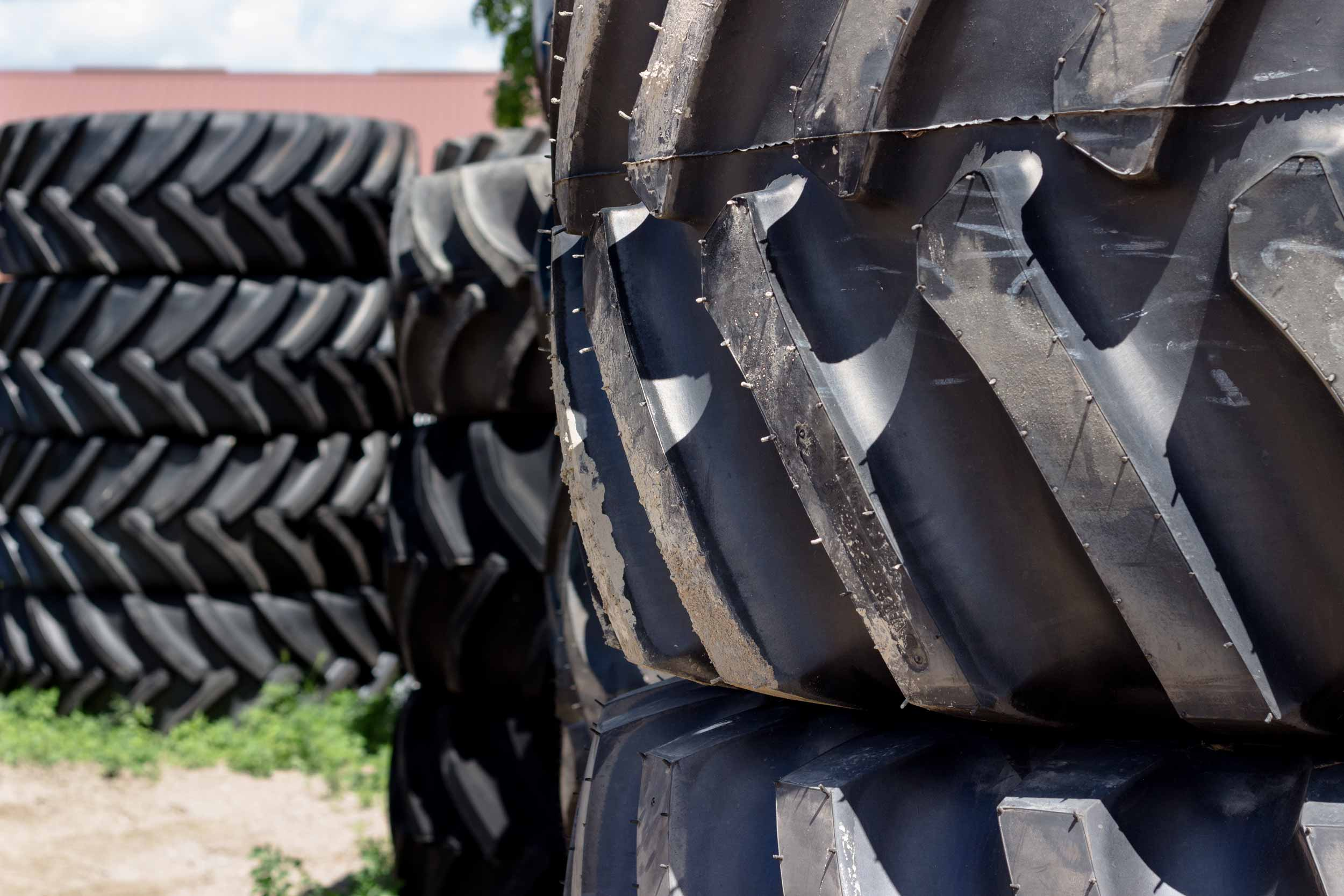 A Detailed Look at Michelin Tractor Tires