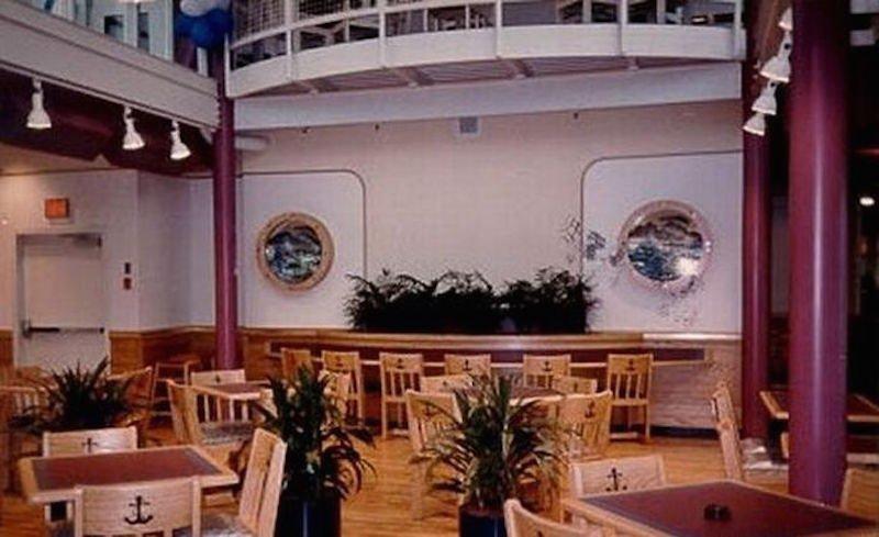 Expo 86 McBarge interior (imgur)