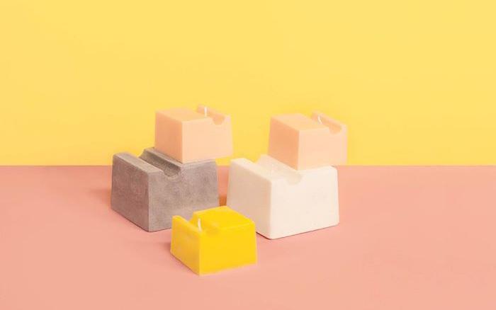 Bougies inspirées du brutalisme conçues sur le modèle sous vide Mayku FormBox